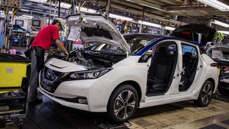 Gemengde berichten uit Britse auto-industrie